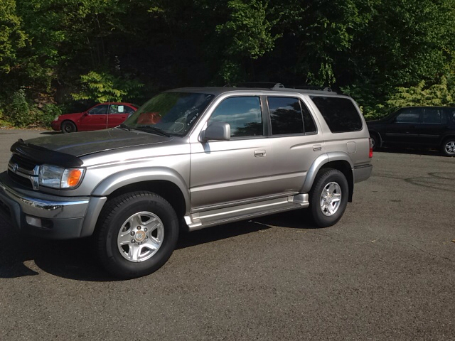 2002 toyota 4runner for sale in palmyra pa. Black Bedroom Furniture Sets. Home Design Ideas