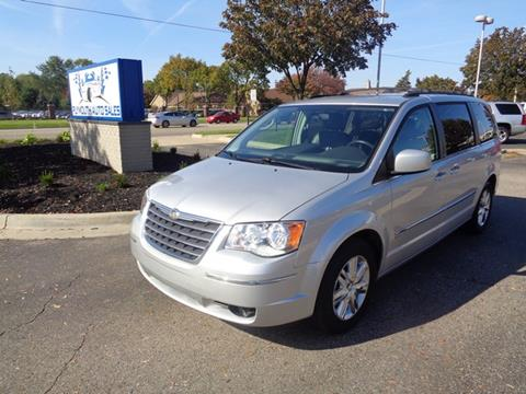 2010 Chrysler Town and Country for sale in Plymouth, MI