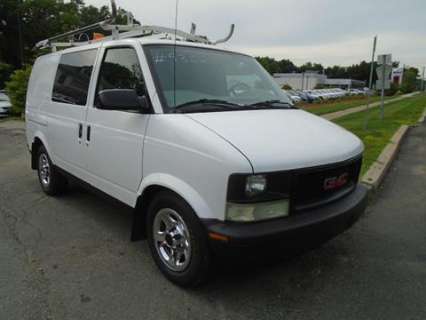 2005 GMC Safari Cargo for sale in Blauvelt, NY