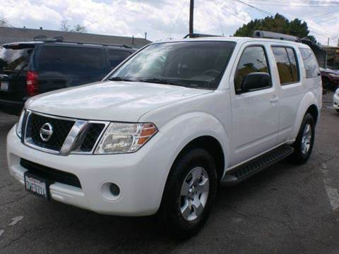 2008 Nissan Pathfinder for sale in Pacoima, CA