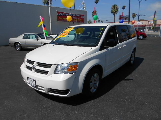 2009 DODGE GRAND CARAVAN SE MINI VAN PASSENGER 4DR RWD white this gorgeous 2009 dodge grand carava