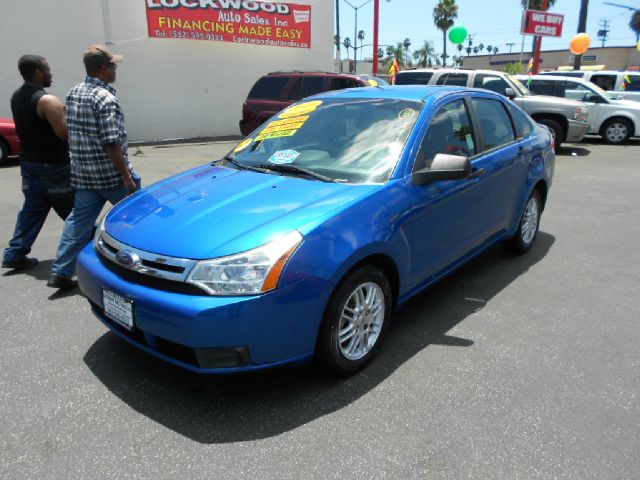 2010 FORD FOCUS SE 4DR SEDAN blue this 2010 ford focus is a great commuter car to own this gas sa