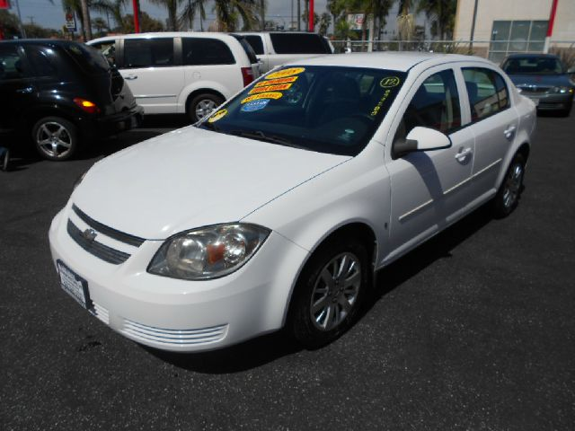 2009 CHEVROLET COBALT LT 4DR SEDAN W 1LT white this is the perfect commuter car to own whether y