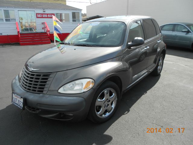2002 CHRYSLER PT CRUISER DREAM CRUISER gold just got in   this  nostalgic lking 2002 chrysler pt