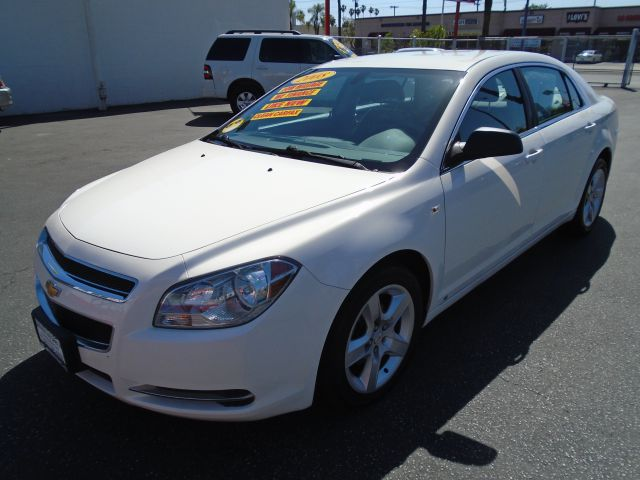 2008 CHEVROLET MALIBU FLEET 4DR SEDAN white this awesome 2008 chevrolet ls is  very reliable and