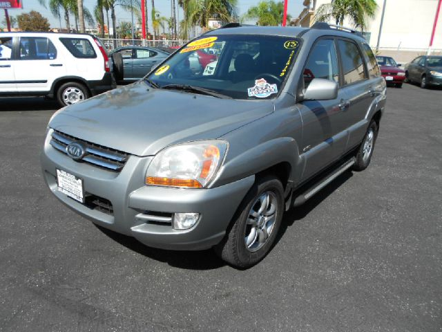 2006 KIA SPORTAGE EX 4DR SUV 4WD gray one owner do you want reliability than this is the one