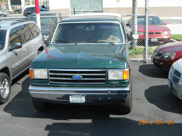 1991 FORD BRONCO BASE greenwhite schedule a test drive today 855 325 4649 or stop by we are cent