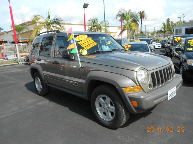 2007 JEEP LIBERTY SPORT 2WD gold abs brakesair conditioningamfm radioanti-brake system 4-whee