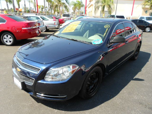 2009 CHEVROLET MALIBU LS 4DR SEDAN blue this handsome 2009 chevrolet malibu is  very reliable and