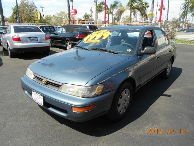 1994 TOYOTA COROLLA blue this 1994 toyota corolla is in fantastic shape 106k original miles  v