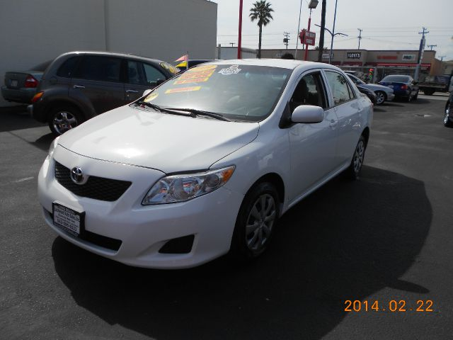 2009 TOYOTA COROLLA white abs brakesair conditioningamfm radioanti-brake system 4-wheel absb