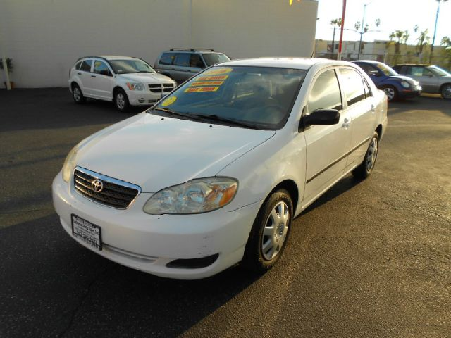 2006 TOYOTA COROLLA CE 4DR SEDAN 18L I4 4A white this  2006 toyota corolla is a great car gas