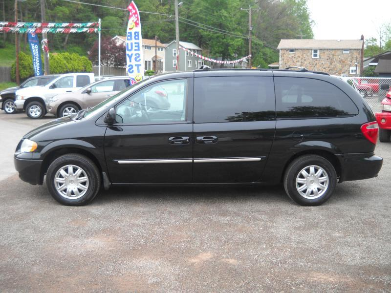 2007 chrysler town and country touring 4dr extended mini. Black Bedroom Furniture Sets. Home Design Ideas