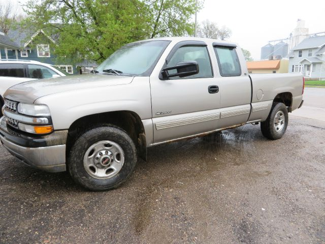 2000 chevrolet silverado 2500 ls 3dr extended cab sb in janesville mn car dude. Black Bedroom Furniture Sets. Home Design Ideas
