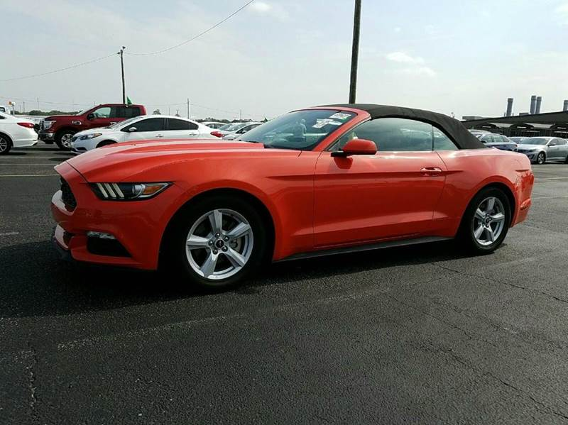 2015 FORD MUSTANG V6 2DR CONVERTIBLE orange 2-stage unlocking doors abs - 4-wheel air filtratio