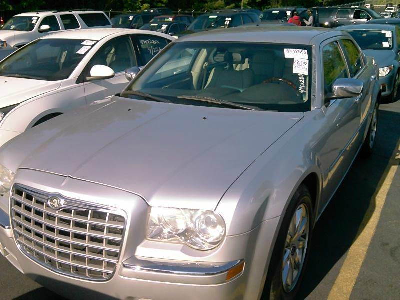 2007 CHRYSLER 300 C 4DR SEDAN gold 2-stage unlocking doors abs - 4-wheel adjustable pedals - po