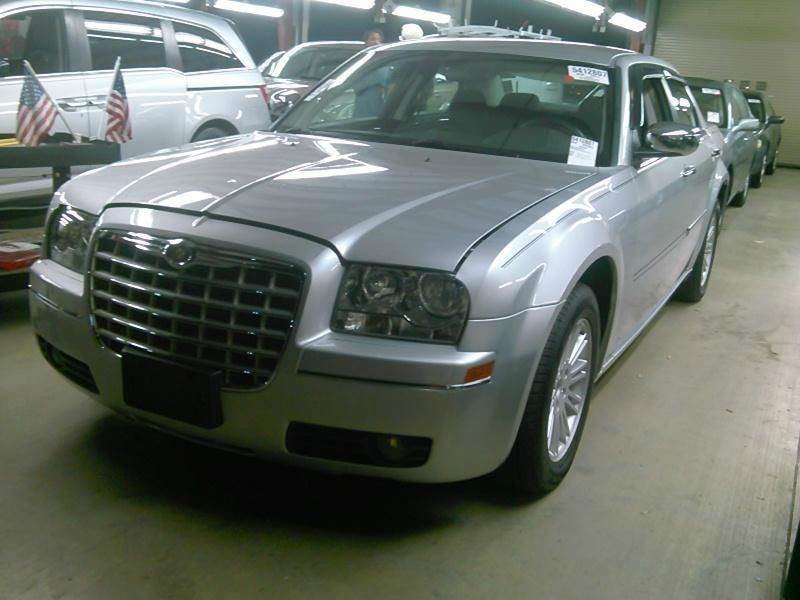 2010 CHRYSLER 300 TOURING 4DR SEDAN W23E silver air filtration airbag deactivation - occupant s