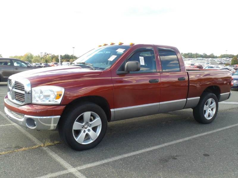 2007 DODGE RAM PICKUP 1500 SLT 4DR QUAD CAB SB red available at auction now 2-stage unlocki
