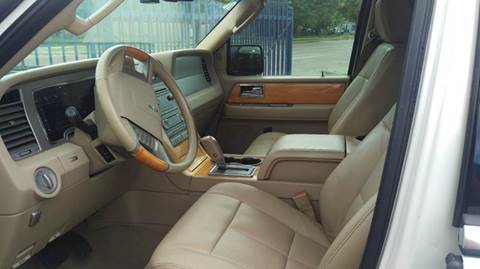 2007 Lincoln Navigator L for sale in Houston TX