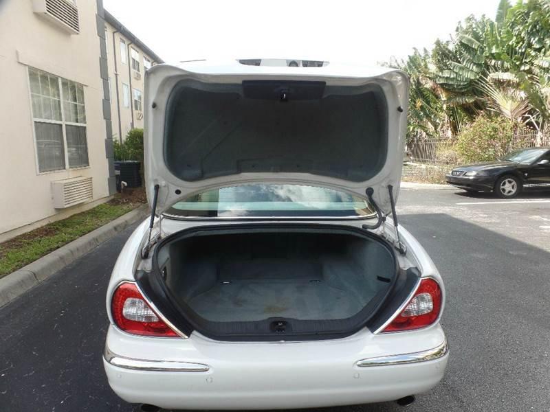 2004 Jaguar XJ-Series XJ8 4dr Sedan - Fort Myers FL