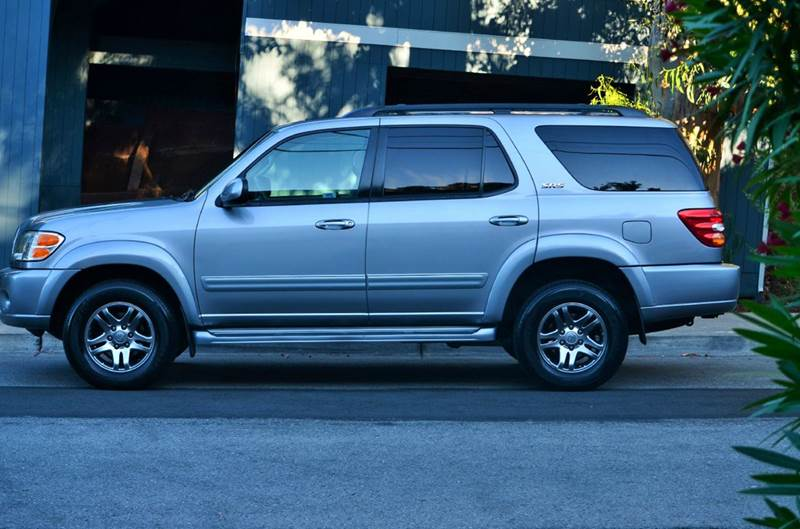 2004 toyota sequoia sr5 4wd 4dr suv in belmont ca brand motors llc 2004 Toyota Sequoia Headlights contact