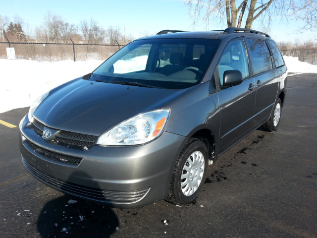Rangel family motors used cars indianapolis in dealer for Family motors used cars
