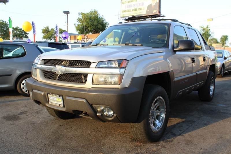 2005 chevrolet avalanche 1500 z71 4dr 4wd crew cab sb in. Black Bedroom Furniture Sets. Home Design Ideas