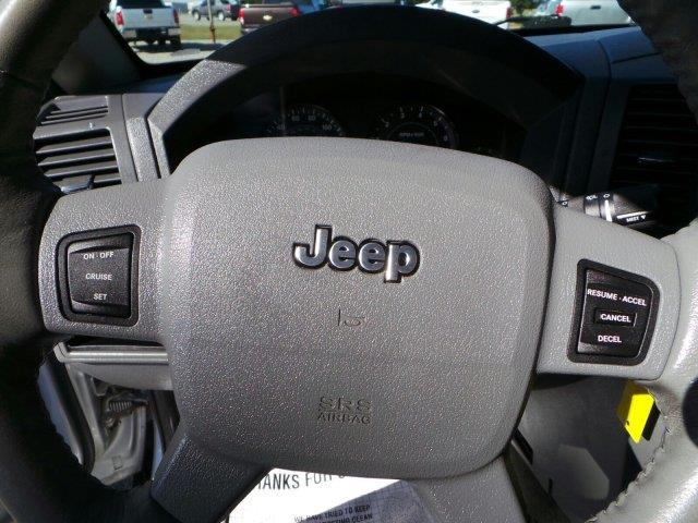 2006 Jeep Grand Cherokee Laredo 4dr SUV 4WD w/ Front Side Airbags - Searcy AR