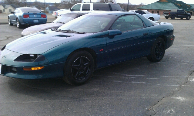 used 1997 chevrolet camaro for sale. Black Bedroom Furniture Sets. Home Design Ideas