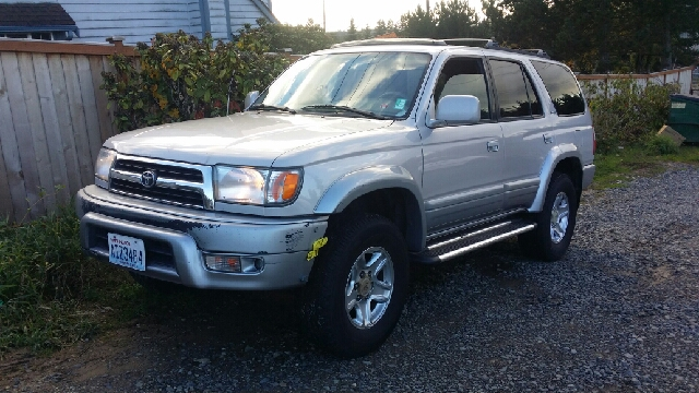 toyota 4runner for sale in lynnwood wa. Black Bedroom Furniture Sets. Home Design Ideas