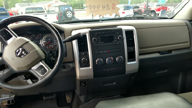 2010 Dodge Ram Pickup 1500 4x4 SLT 4dr Crew Cab 5.5 ft. SB Pickup - Lumberton TX