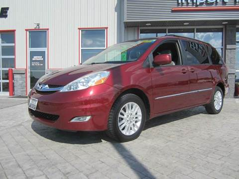 2008 Toyota Sienna for sale in Greenville, WI