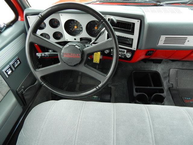 1987 GMC R/V 1500 Series R1500 - Norwood MN