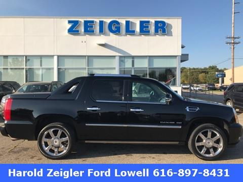 2010 Cadillac Escalade EXT for sale in Lowell MI