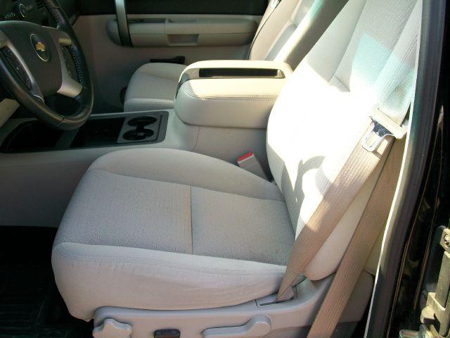 2007 Chevrolet Silverado 1500 LT2 Ext. Cab 4WD - Wisner NE