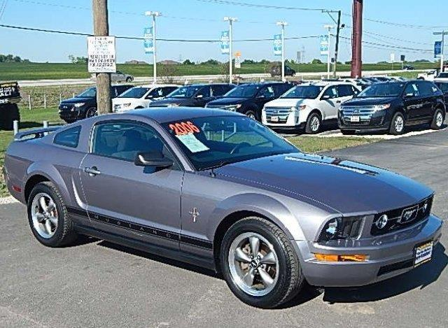 2006 ford mustang for Currie motors ford frankfort il