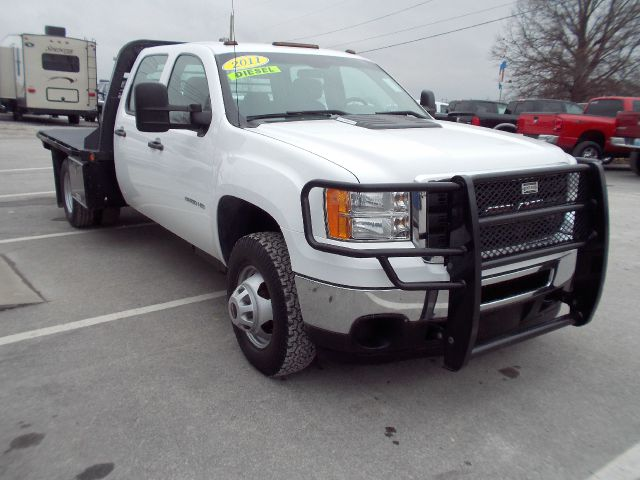 2011 gmc sierra 3500hd cc diesel work truck 4x4 crew cab flat bed chassis for sale in richmond. Black Bedroom Furniture Sets. Home Design Ideas