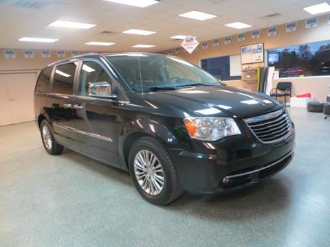 2013 Chrysler Town and Country for sale in Baltimore, MD