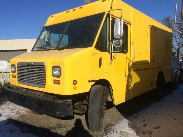 2002 Freightliner Mt55 Custom Chassis Box Truck In South