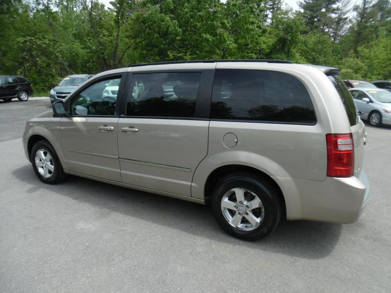 2009 Dodge Grand Caravan SXT Mini-Van 4dr - Londonderry NH