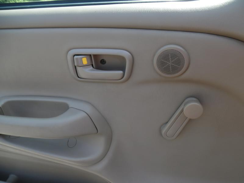2004 Toyota Tundra 2dr Standard Cab Rwd LB - Londonderry NH