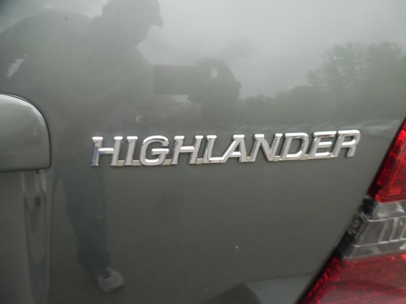 2006 Toyota Highlander AWD Limited 4dr SUV w/3rd Row - Londonderry NH