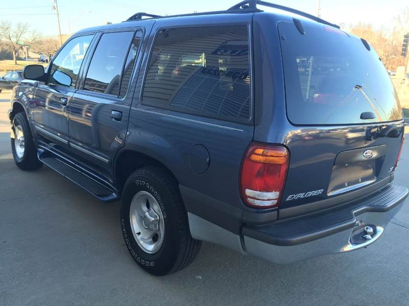 2000 ford explorer xlt awd 4dr suv in jefferson city mo laubert 39 s auto. Cars Review. Best American Auto & Cars Review