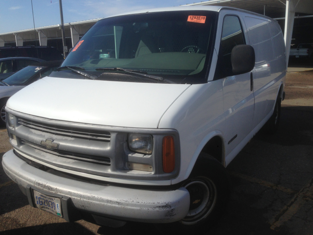 1999 Chevrolet Express for sale in Rosemount MN