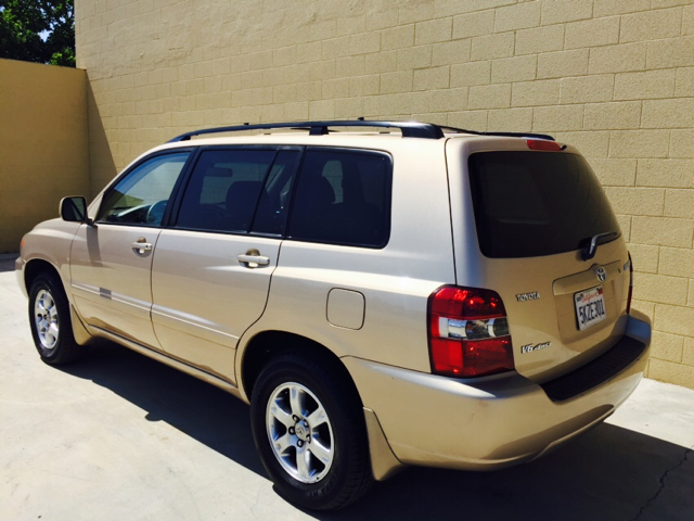 2004 toyota highlander base awd 4dr suv v6 w 3rd row in rancho cordova ca auto zoom 916. Black Bedroom Furniture Sets. Home Design Ideas