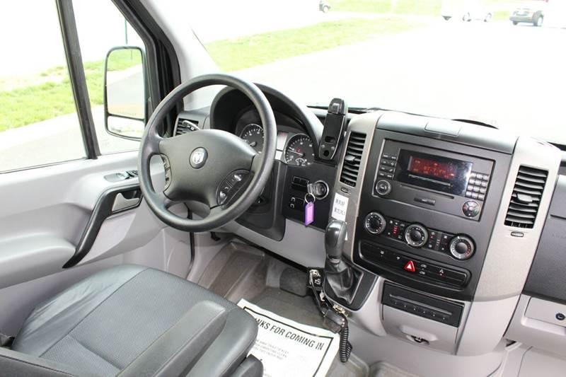 2009 Dodge Sprinter 2500 170 WB 3dr Extended Passenger Van - Sterling VA