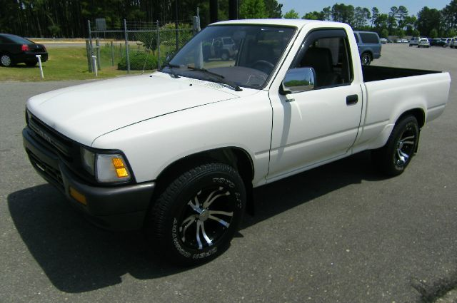 1989 toyota pickup for sale in smithfield nc for Boykin motors smithfield nc