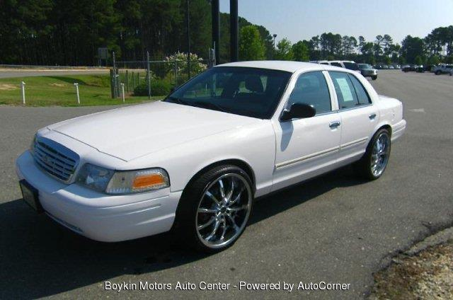 Used 2010 ford crown victoria for sale for Boykin motors smithfield nc