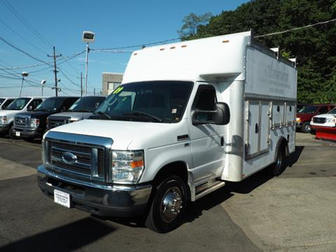 2009 Ford E-Series Chassis for sale in Elmwood Park, NJ