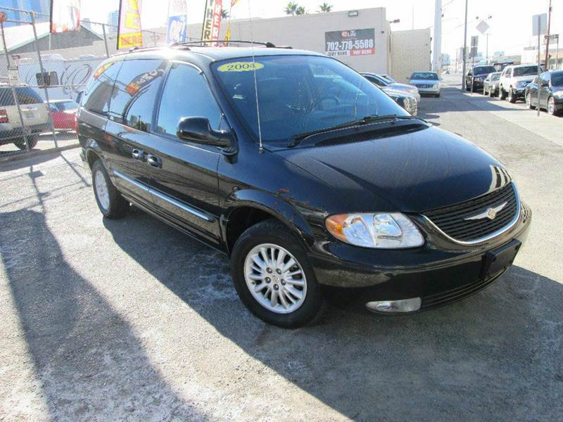 Used Cars in Las Vegas 2004 Chrysler Town and Country